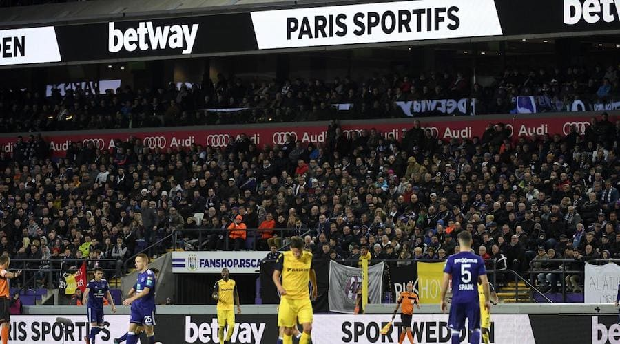 betway publicite stade belgique